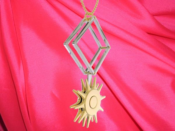 Unbound Amelia pinwheel pendant